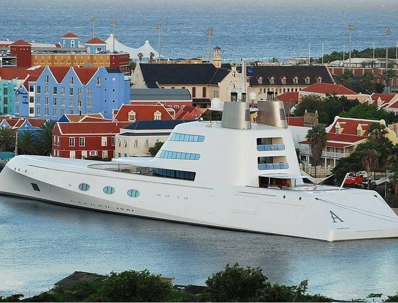 Dammers Group of Companies - Mega yacht services Aruba